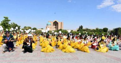 Түркістандықтар «Ұлттық домбыра» күнін кең көлемде атап өтті